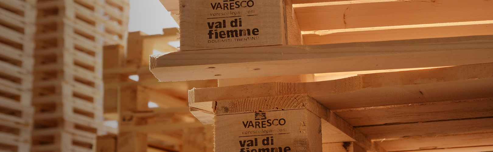 https://varescolegno.com/sites/default/files/varesco-home-01.jpg